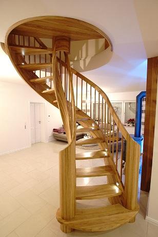 Halbgewendelte Treppe halbgewendelte treppe aus polen mahon treppen